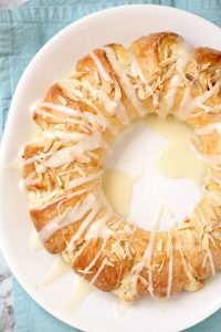 Almond Coffee Cake Ring (Tea Ring)