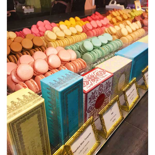 What French Macaron Looks like