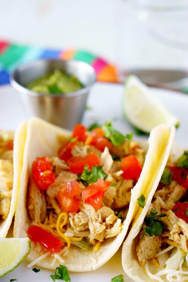 Crockpot Shredded Chicken tacos recipe