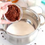 Stir the cocoa powder into the cream.