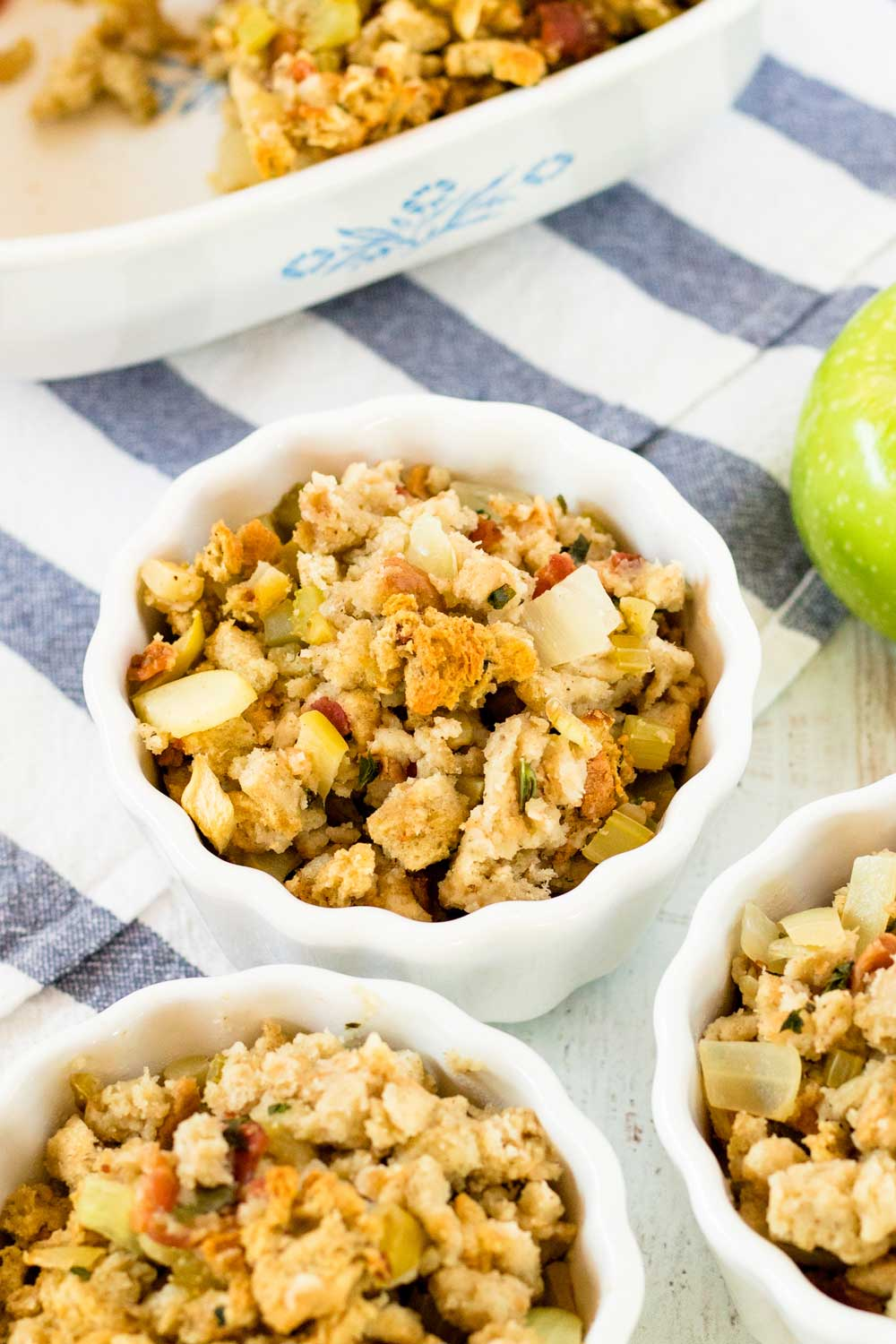 Thanksgiving Stuffing with Bacon and Apple