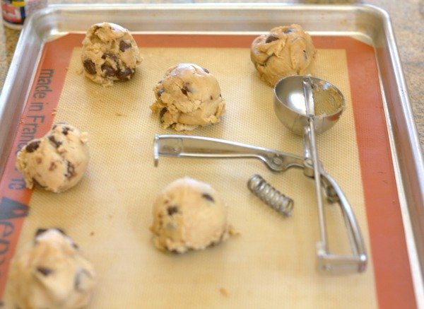 Broken Cookie Scoop