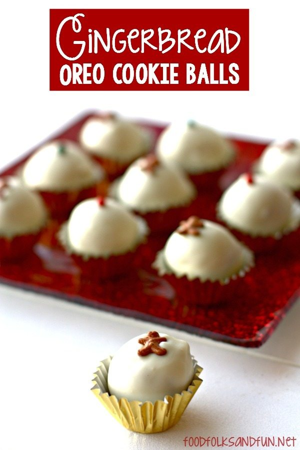Gingerbread OREO Cookie Balls recipe: an easy holiday treat that are ideal for parties and gifting!