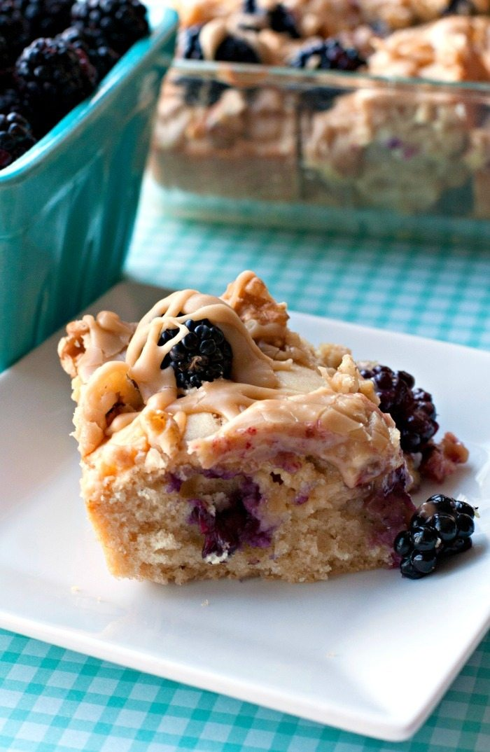 Buttermilk Snack Cake Recipe with Blackberries