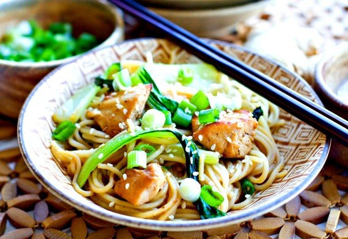 Chicken Chow Mein + Handpick Smart Groceries