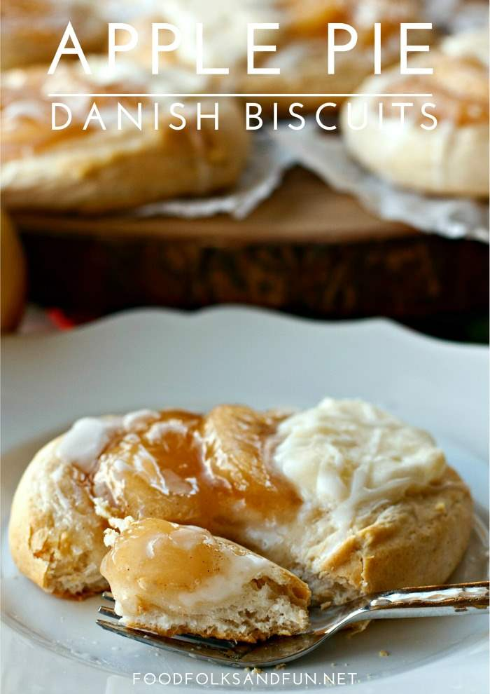 These Apple Pie Danish Biscuits are a versatile Thanksgiving recipe that can be served for dessert or breakfast! Plus they're incredibly easy to make!  via @foodfolksandfun