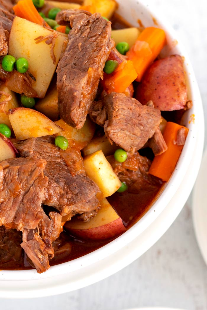 A close up picture of the finished slow cooker stew.