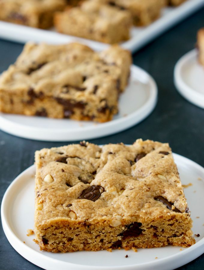 Peanut Butter Cookie Bars w/ Dark Chocolate Chunks