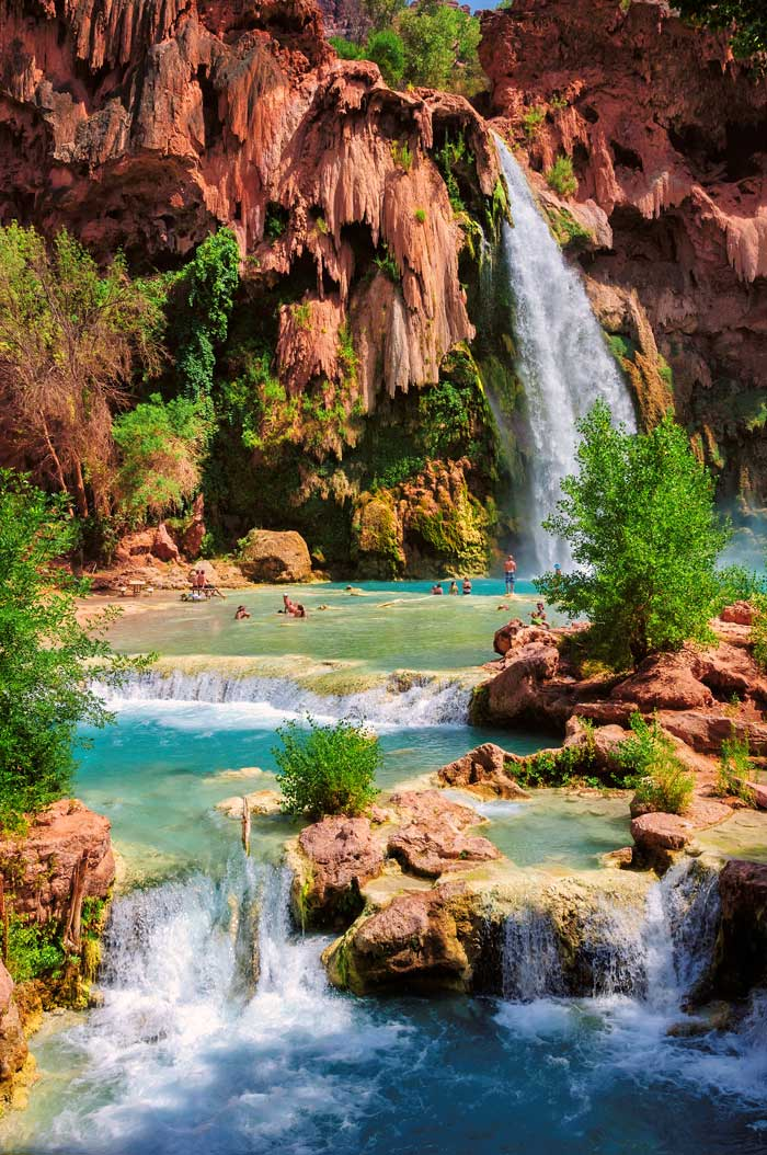 Here's an ultimate list of do's and don'ts for planning your trip to Havasupai Falls Arizona!
