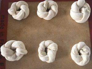 Step 8 How to Make Garlic Knots