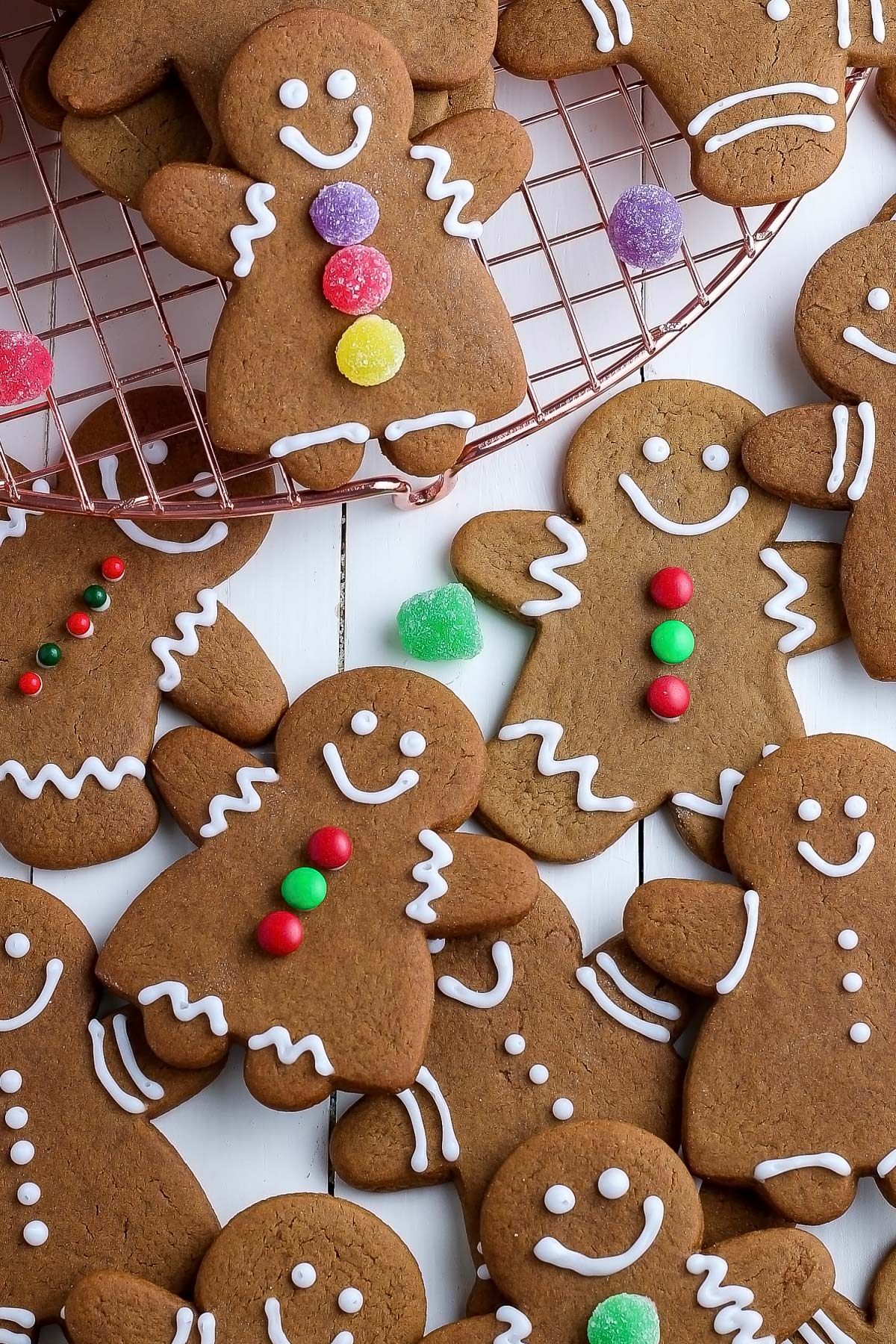 An overhead picture of decorated gingerbread cookies.