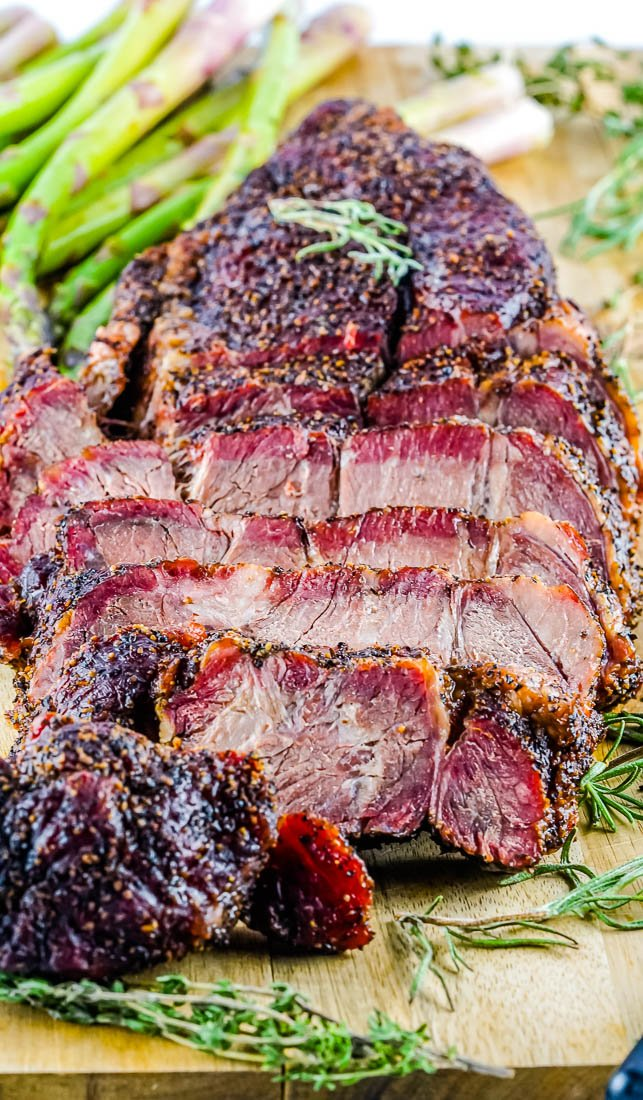 The finished Smoked Chuck Roast cut into slices.